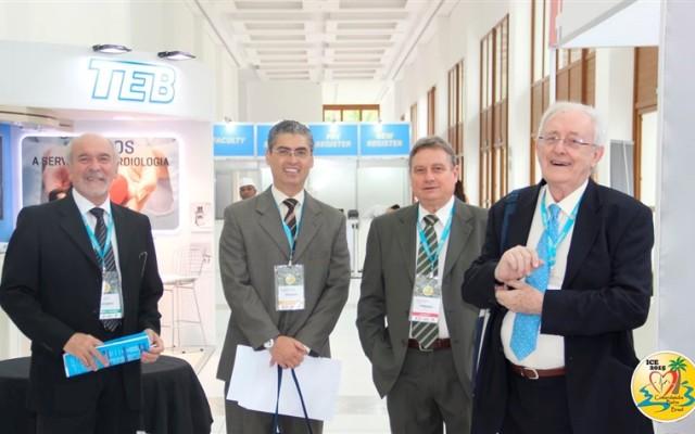 Da esquerda para a direita: Dr. Pastore, Dr. Samesina, Dr. Sanches e Dr. Bayes